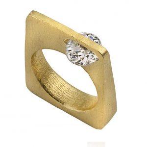 טבעת אירוסין מרובעת מכסף/זהב עם אבן זירקון