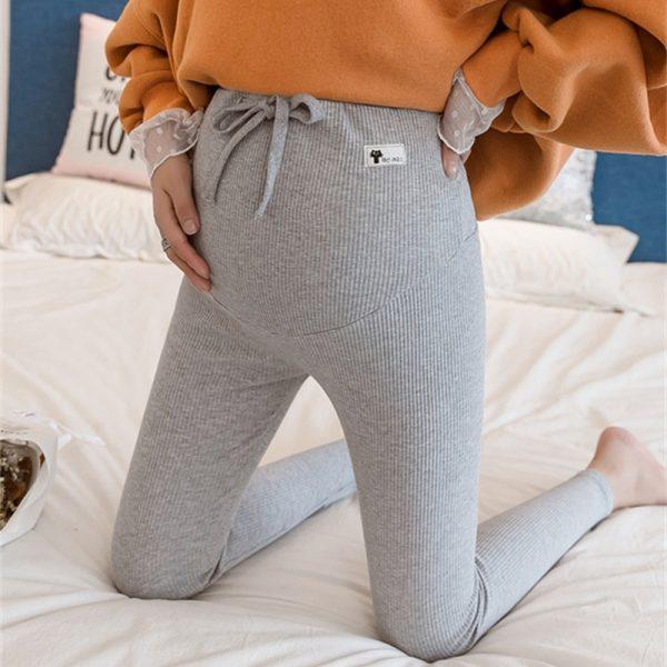 מכנסיי הריון רכות